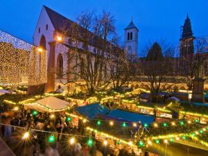 Freiburg Christmas Market (Freiburger Weihnachtsmarkt), Germany. Copyright FWTM-Fotograf Schoenen
