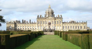 Castle Howard, North Yorkshire, England. Author Pwojdacz. No Copyright