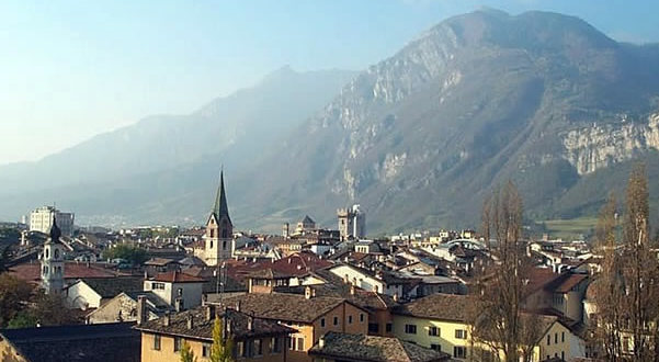 Trento, Trentino-Alto Adige, Italy. Author Mac9. Licensed under the Creative Commons Attribution-Share Alike