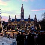 Christmas Market in the Town Hall Square (Wiener Christkindlmarkt am Rathausplatz), Vienna, Austria. Author Marco Aldeia. Licensed under the Creative Commons Attribution-Share Alike