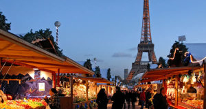 Trocadero Christmas Market, Paris, France. Author Dalbera. Licensed under the Creative Commons Attribution