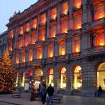 Christmas, Zurich, Switzerland. Author Matthias Zepper (Curnen). Licensed under Creative Commons Attribution